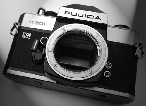 FujicaST801