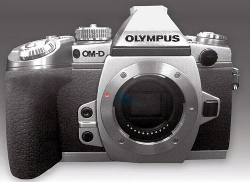 Olympus-OM-D-E-M1_silv