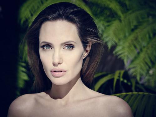 Angelina-Jolie-by-Jason-Bel