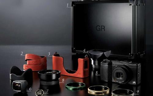 Ricoh-GR-kit_1