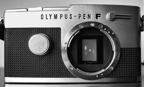 Olympus-Pen-F_2