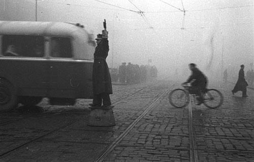 Warszawiacy-1945-55_1