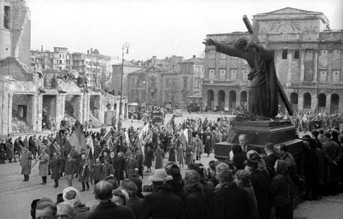 Warszawiacy-1945-55_3