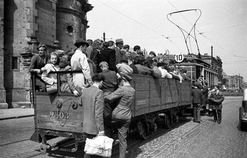 Warszawiacy-1945-55_4