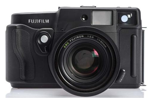 Fujifilm-sredni-format