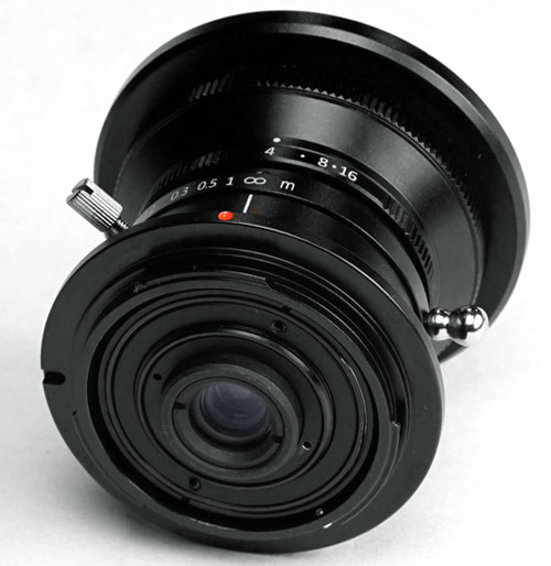 slr-magic-8mm-f4_1